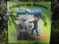 DVD Débuter en Shiatsu avec son âne ou cheval.jpg
