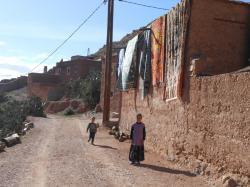 enfants-maroc-tapis.jpg